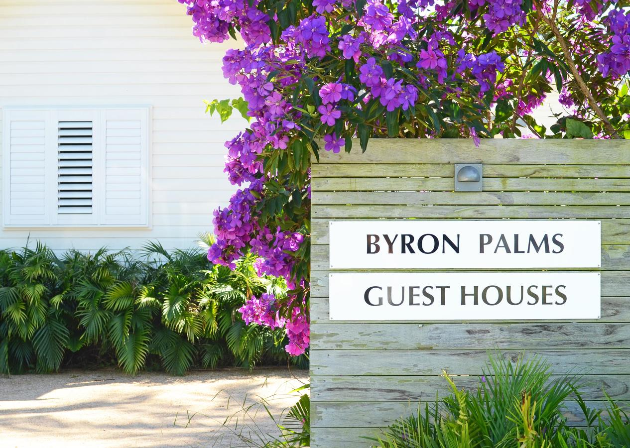 byron palms_sign